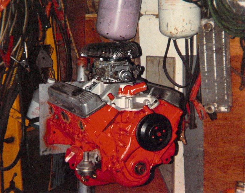 smalblock-chevy-engine.jpg